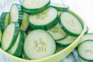 Салат з огірків